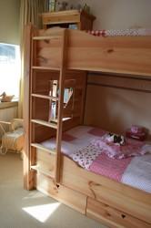 bed 13.jpg